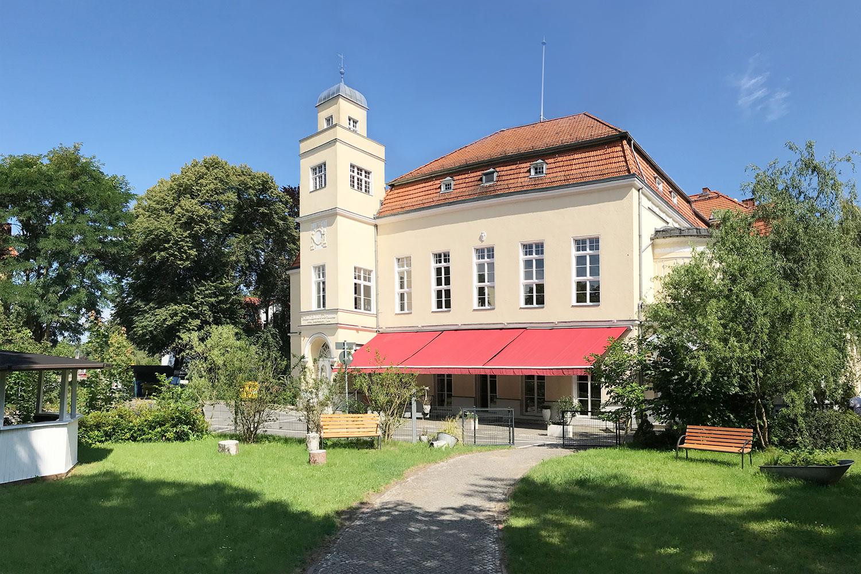villa-aussen1500